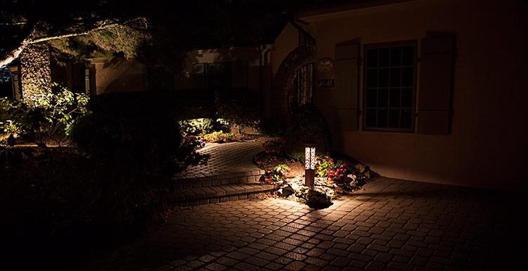 walkway landscape lights